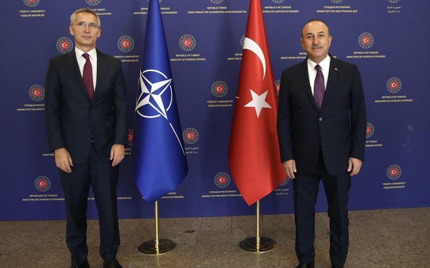 Türkiyə XİN başçısı NATO-nun baş katibi ilə telefonla danışıb