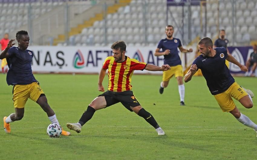 Türkiyə klubu ölkəyə qayıtmayan futbolçunun müqaviləsini ləğv etdi
