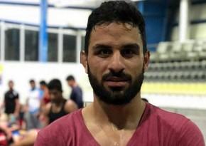 İran çempion güləşçini edam etdi