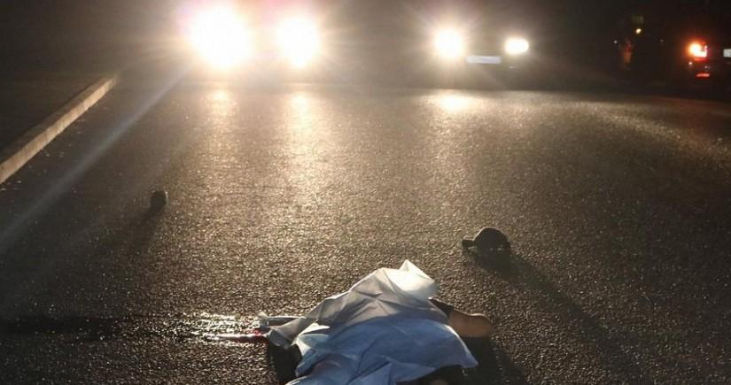 В Баку автомобиль сбил пешеходов, есть погибший и раненые