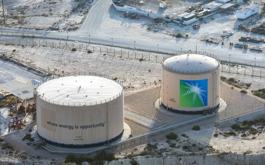 Чистая прибыль Saudi Aramco упала почти вдвое