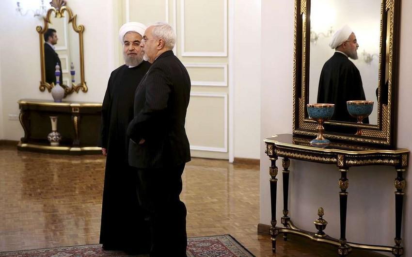 İran Prezidenti xarici işlər nazirinin istefasını qəbul etməyib