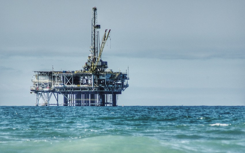 Expert: It will not be surprizing if oil prices exceed $100 in the long-term perspective