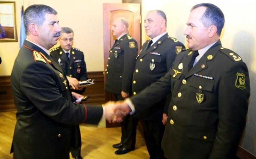 Bir qrup hərbi qulluqçuya polkovnik hərbi rütbəsi təqdim olunub