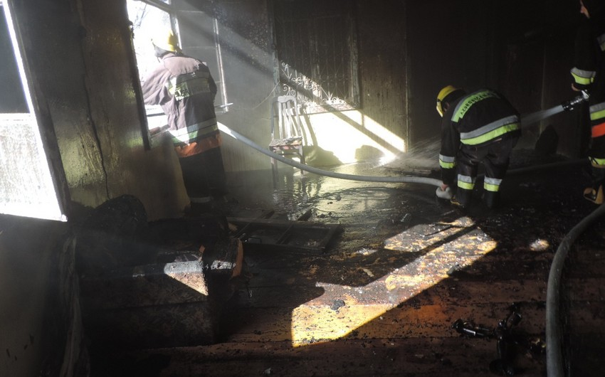 Ağsuda fərdi yaşayış evi yanıb