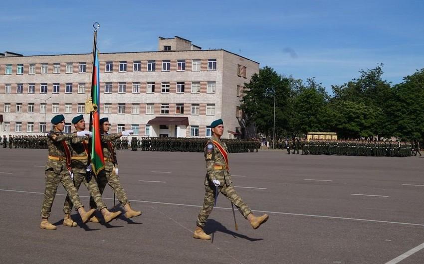 Azerbaijani servicemen to take part in military parade in Belarus