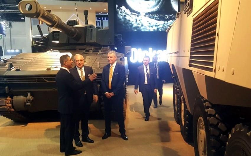 Министр обороны Азербайджана принимает участие в Международной Оборонной Выставке IDEX-2019