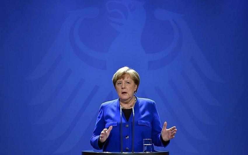 Merkel ev karantininə göndərilir