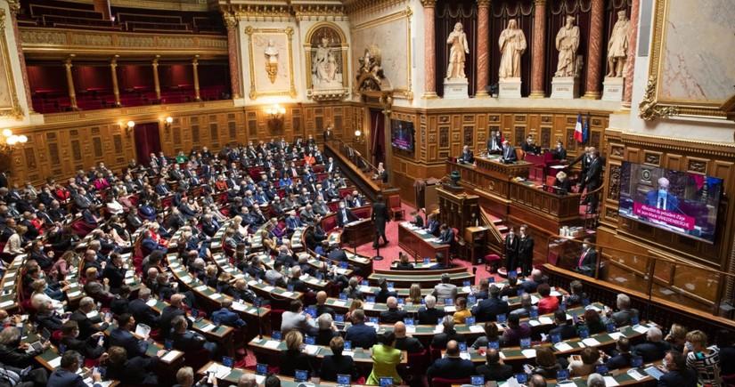 Восемь сенаторов Франции отозвали свои голоса в связи с резолюцией по Карабаху