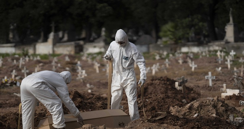 Braziliyada pandemiyadan ölənlərin sayı 154 mini ötdü