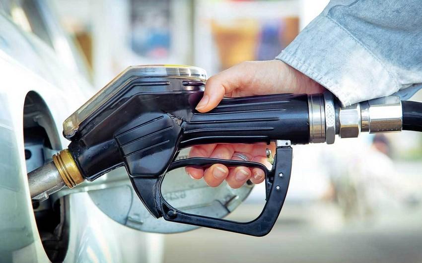 Azərbaycanda avtomobil benzini istehsalı 2,3% artıb