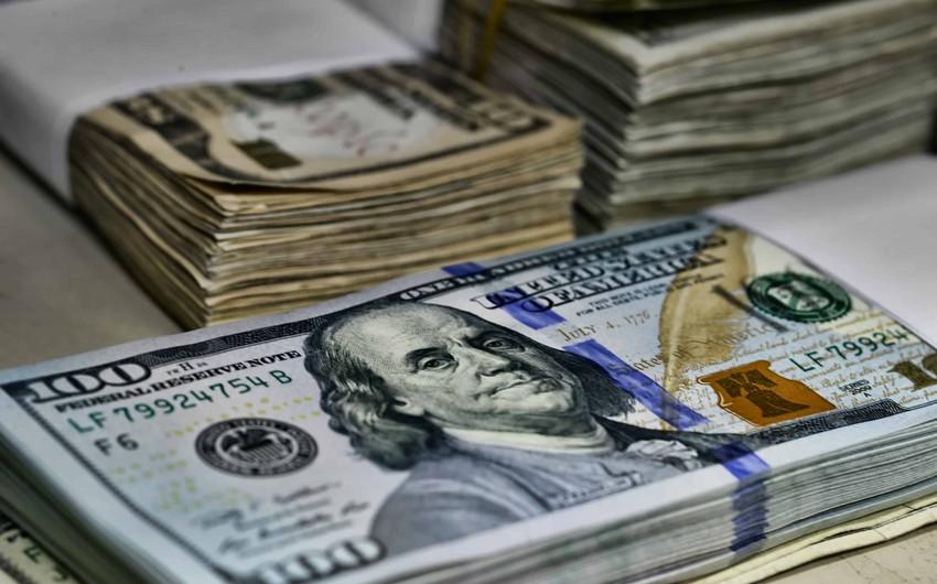 Maynerlər ötən ay 1 milyard dollara yaxın gəlir əldə edib