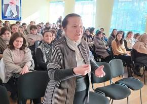 В Азербайджане директор школы скончалась от коронавируса