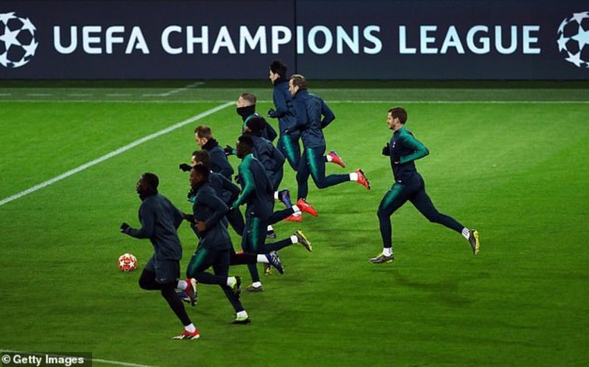 Сегодня определятся первые участники 1/4 финала Лиги чемпионов УЕФА