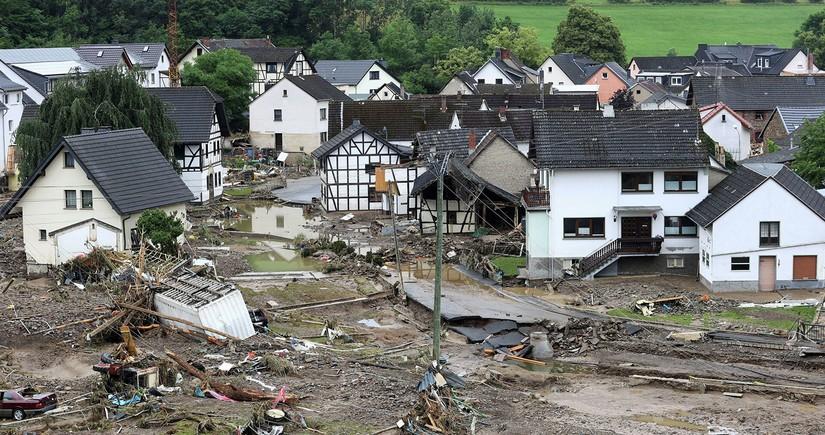 Germany dam break force people to evacuate