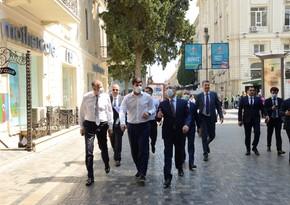 Мэр Тбилиси прогулялся по Баку
