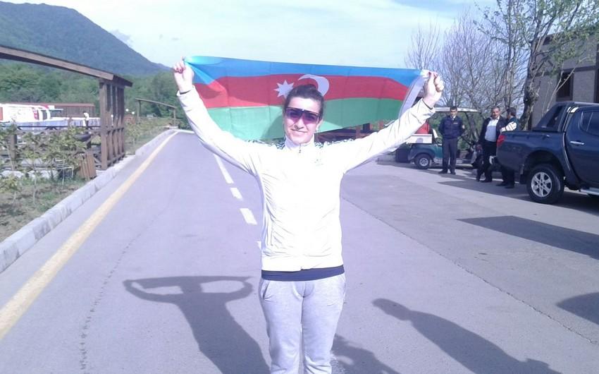 Azərbaycanın stend atıcısı beynəlxalq yarışda birinci olub - FOTO