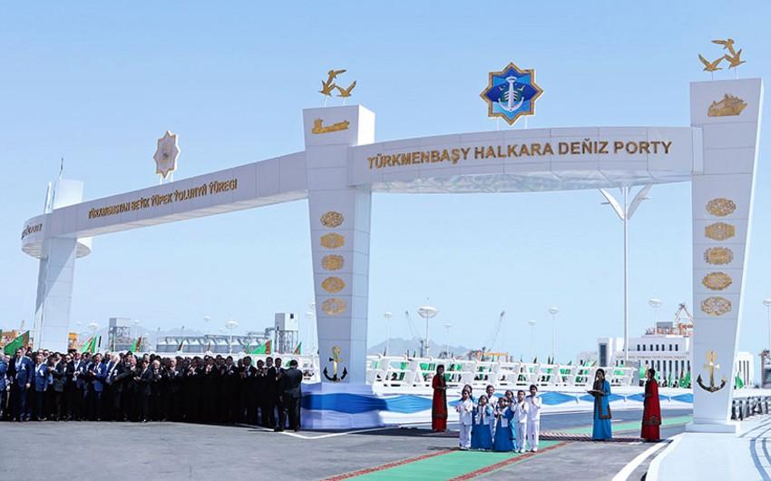 Türkmənistanda Xəzərin ən böyük limanı istifadəyə verilib