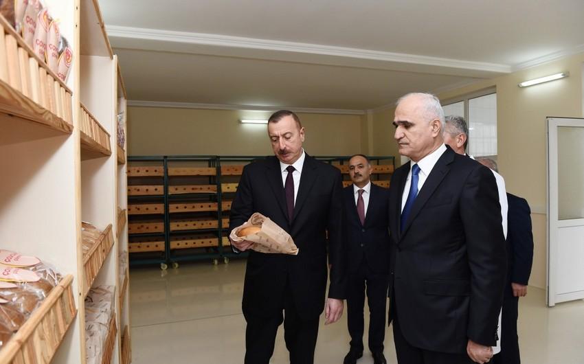 В Агджабединском районе состоялось открытие нового завода по производству хлеба и мучных изделий
