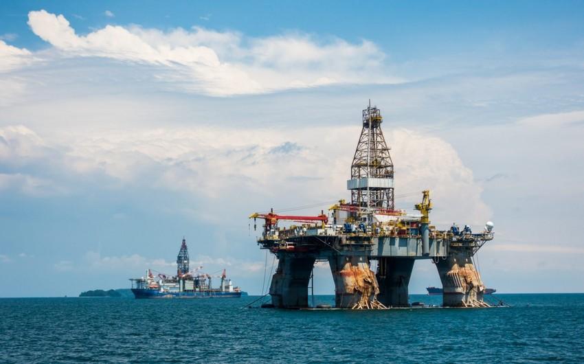 Азербайджанская нефть продолжает падать в цене