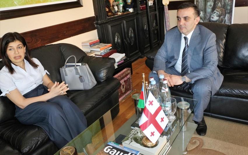 Beynəlxalq Türk Mədəniyyəti və İrsi Fondunun prezidenti Batumi şəhərinin meri ilə görüşüb