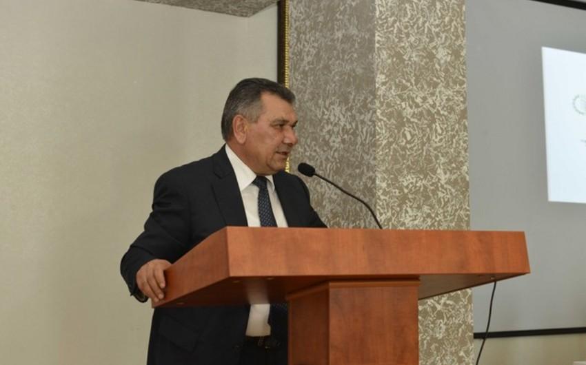"""Nazir müavini: """"Bu ilin 8 ayında Azərbaycan 40 min ton alma ixrac edib"""""""