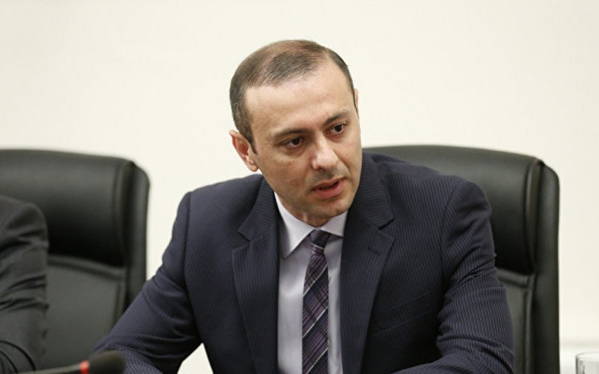 KİV: Rusiya Armen Qriqoryanın Ermənistanın xarici işlər naziri olmasını istəmir