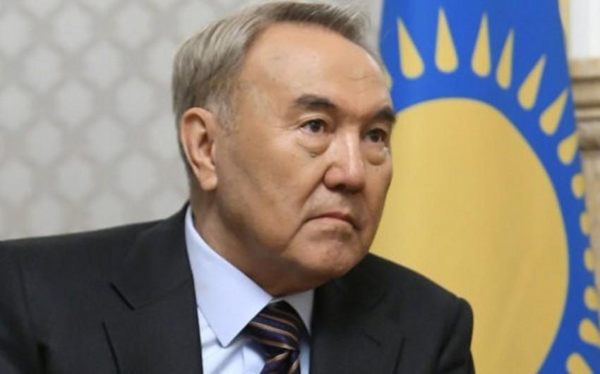 Qazaxıstan Prezidenti hökuməti qorxaqlıqda günahlandırıb