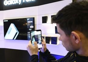 Ученые создали материал для смартфонов, который умеет регенерироваться