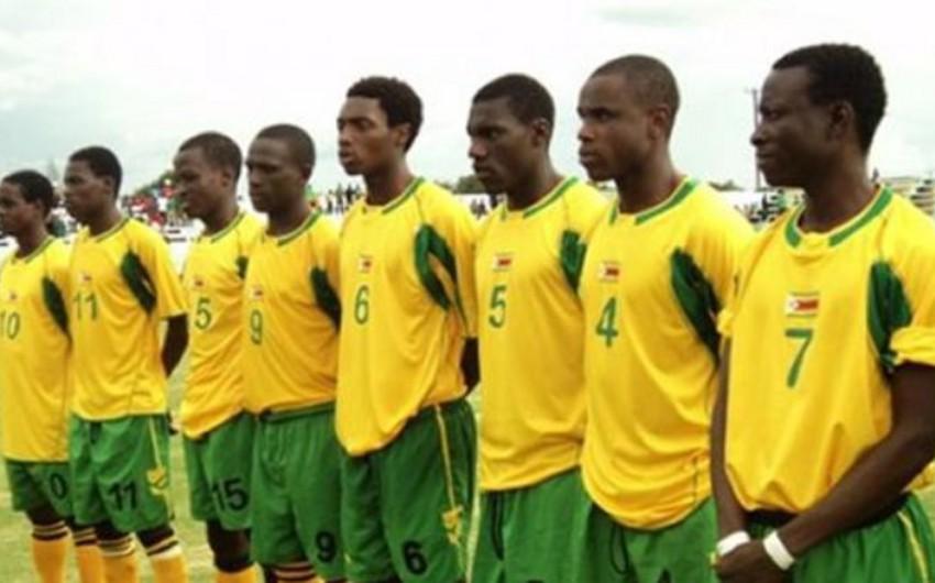 Afrikada iki ildir əmək haqqı almayan futbolçular tətil ediblər