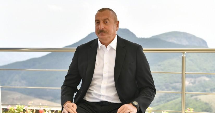 Ильхам Алиев дал интервью Азербайджанскому телевидению