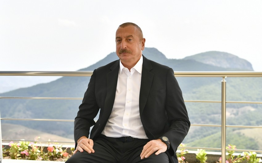 Azərbaycan Prezidenti: 25 min insan üçün status yaratmaq hansı məntiqə sığır?