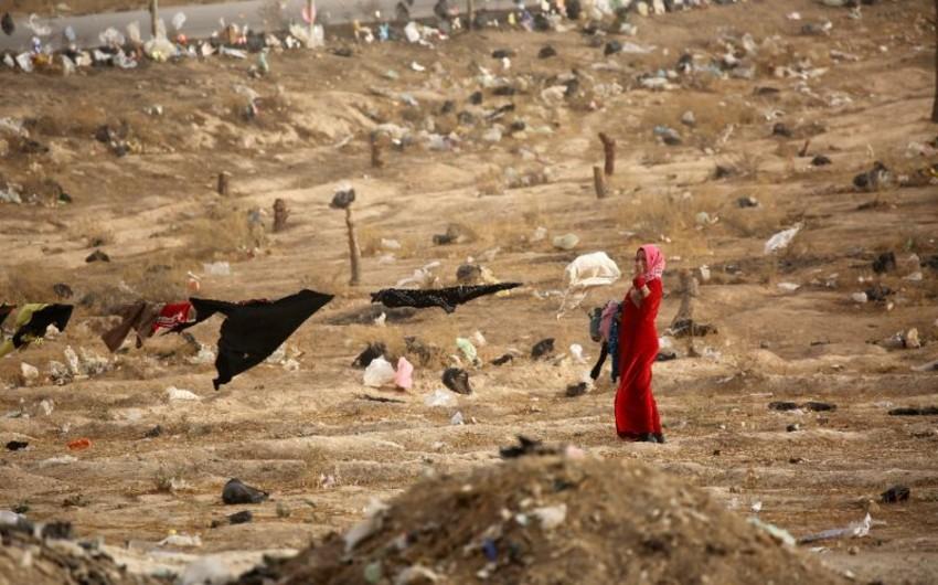 Suriyada 115 nəfərin basdırıldığı kütləvi məzarlıq aşkar olunub