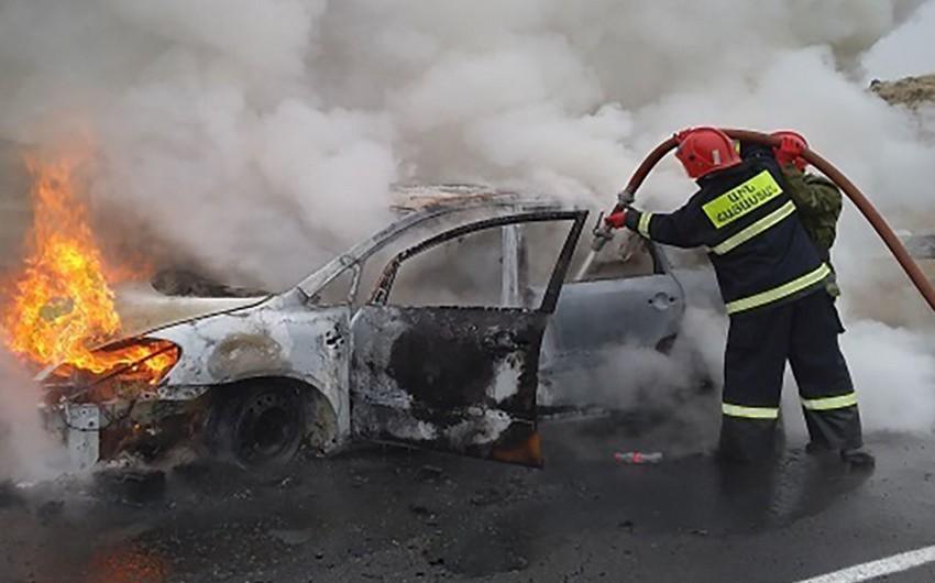Ermənistanda yol qəzası: 3 sərnişin yanaraq ölüb, 2 nəfər yaralanıb