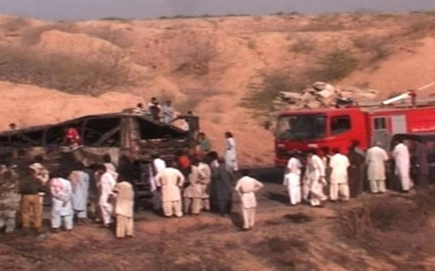 ​More than 55 people died and 25 injured in a major road accident in southern Pakistan