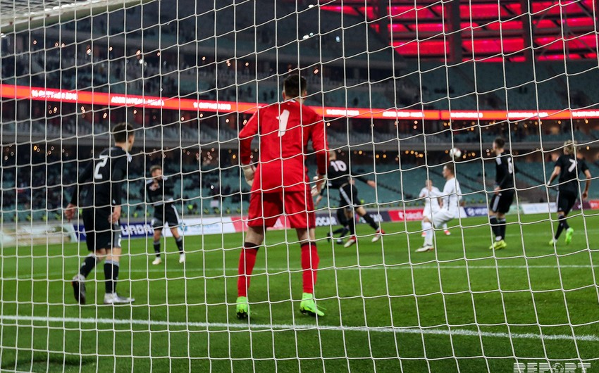 Сборная Азербайджана по футболу уступила Беларуси