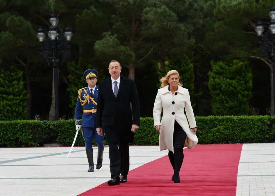 Azərbaycanda Xorvatiya Prezidentinin rəsmi qarşılanma mərasimi olub