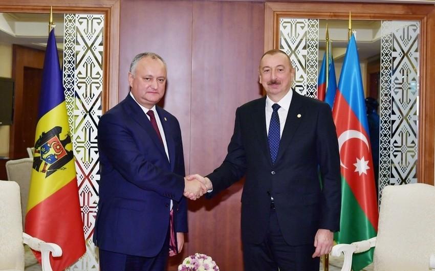 Azərbaycan Prezidenti İlham Əliyev Moldova Prezidenti İqor Dodon ilə görüşüb - YENİLƏNİB