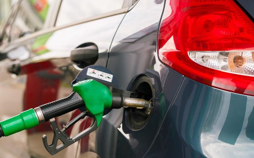 В Азербайджане снизилось производство бензина и дизтоплива
