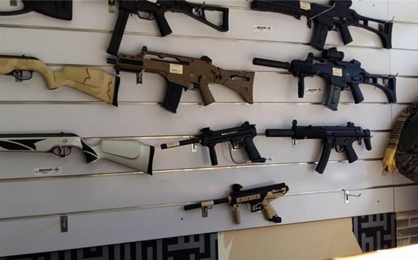 Qırğızıstanda 14 hərbçi qanunsuz silah satışına görə həbs edilib