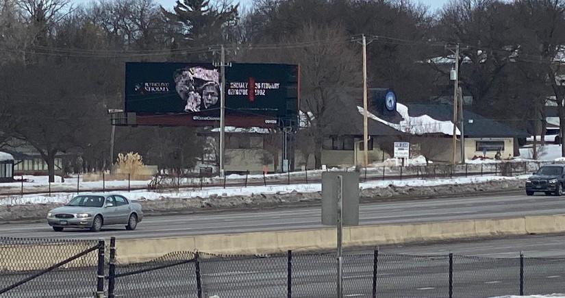 Minnesota ştatında mərkəzi yolda Xocalı həqiqətlərini əks etdirən bilbord yerləşdirilib