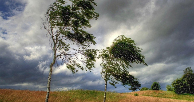 Strong wind forecasted tomorrow in Azerbaijan