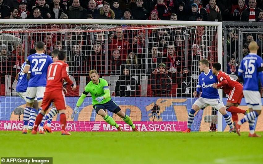 Бавария сократила отставание от Боруссии Д до 5 очков, обыграв Шальке-04