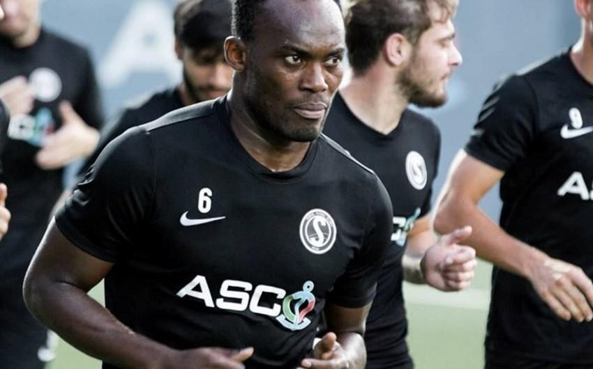 """""""Səbail""""in futbolçusu Afrikada bütün dövrlərin rəmzi komandasına düşüb"""