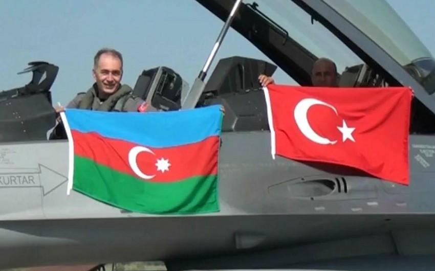Azərbaycan və Türkiyə birgə hərbi təlimlərin miqyasını genişləndirəcək