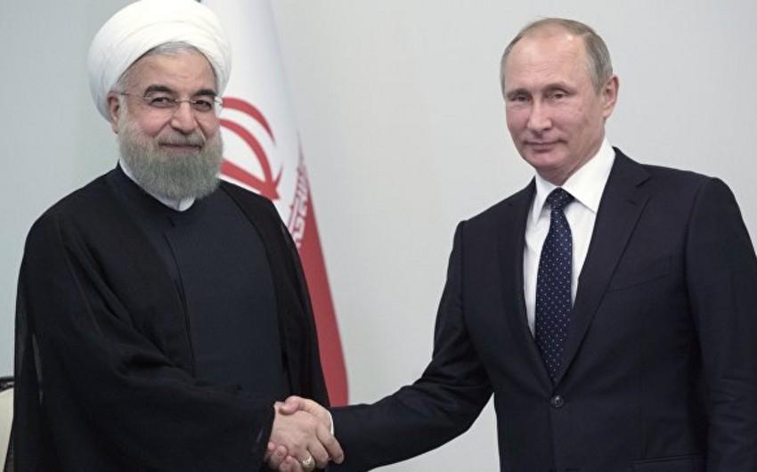 Rusiya və İran prezidentləri Bakıda əməkdaşlıq məsələlərini müzakirə edib