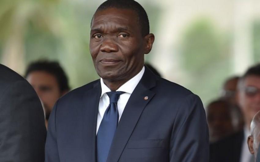 Haitidə müvəqqəti prezidentin andiçmə mərasimi təxirə salındı