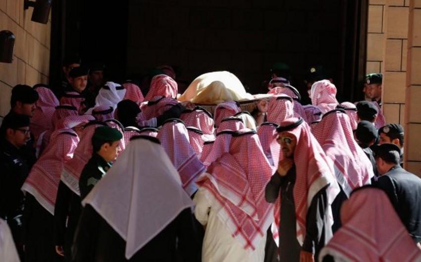 Ər-Riyadda kralın dəfni ilə bağlı mərasim keçirilir