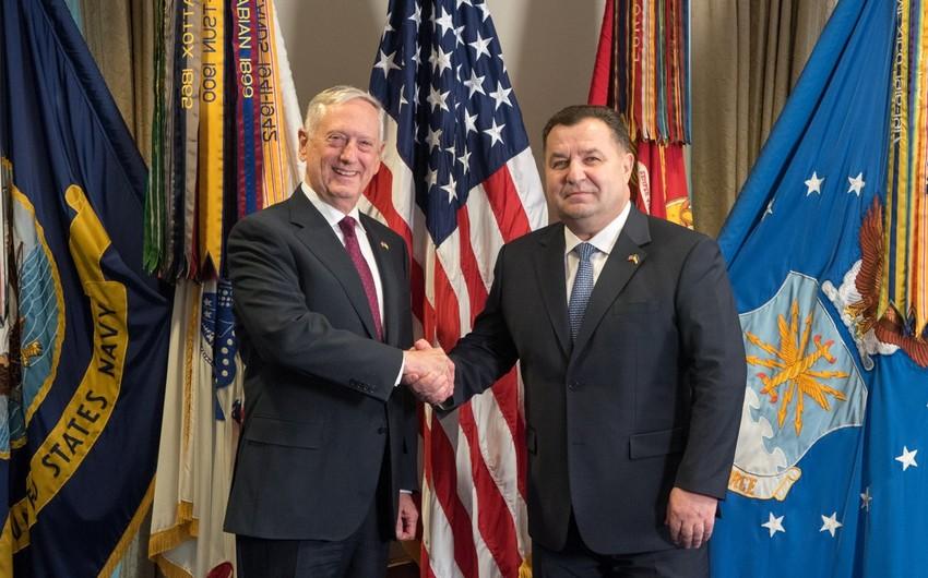 ABŞ və Ukraynanın müdafiə nazirləri hərbi əlaqələri müzakirə ediblər