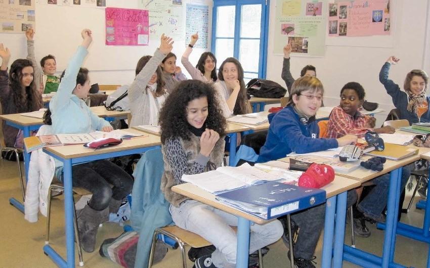 Fransada bütün təhsil müəssisələri bağlanacaq